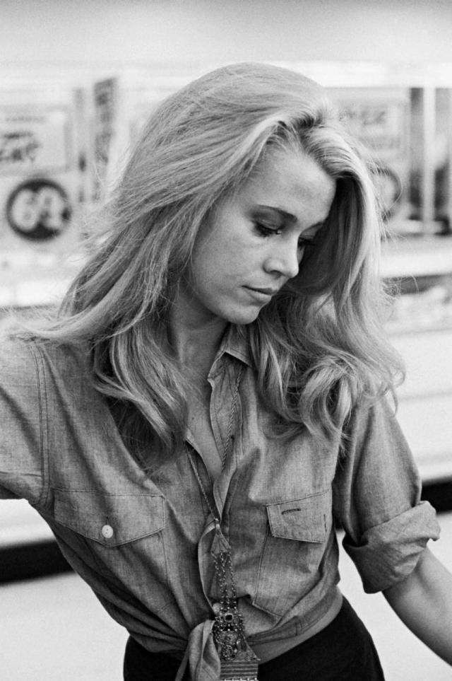 Jane Fonda 09