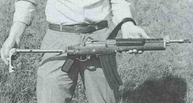 Ruger AC 556 F 2 Schaft ausgeklappt