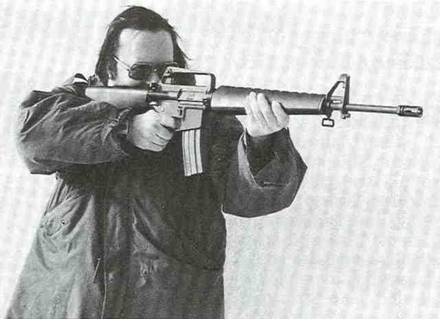 M 16 1 MMK schießt M16