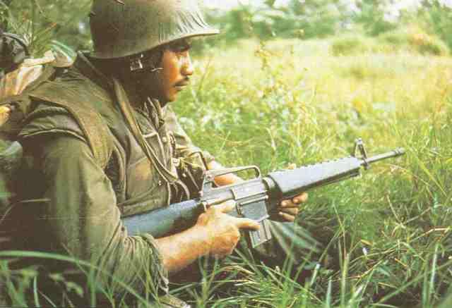 M 16 6 Colt M 16 in Vietnam
