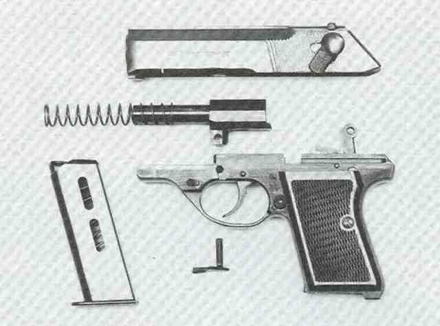 """FÉG-Pistole Modell """"R"""", zerlegt."""