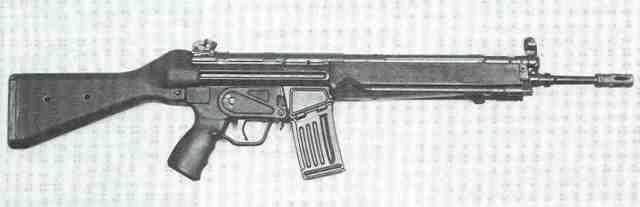 HK33E von rechts.
