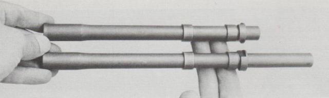 Die Star-Maschinenpistole Z-84 wird serienmäßig mit zwei Läufen – 210 mm und 250 mm – geliefert.