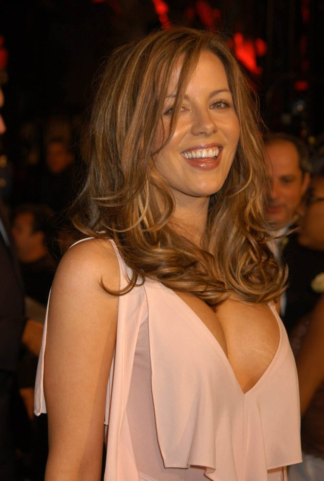 Kate Beckinsale 005b