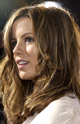 Kate Beckinsale 016e