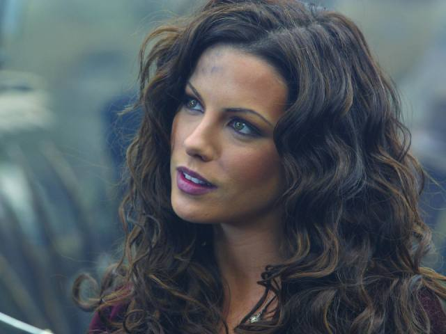 Kate Beckinsale 018d Anna Valerious
