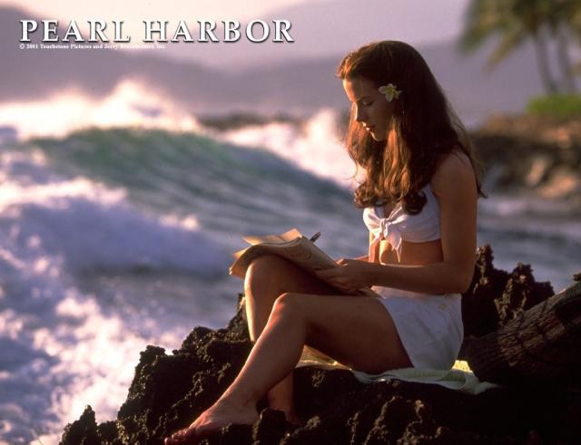 Kate Beckinsale 026 pearl-harbor