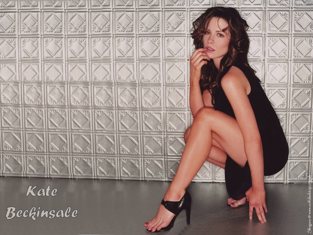 Kate Beckinsale 037