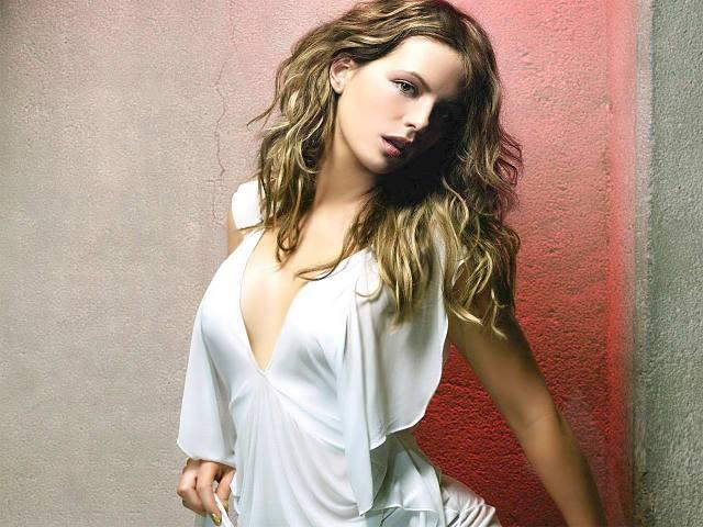 Kate Beckinsale 048