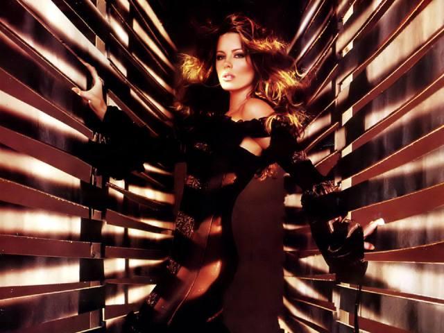 Kate Beckinsale 051