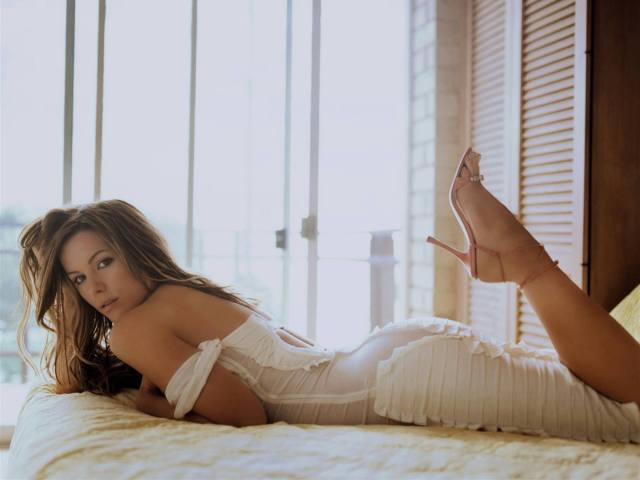 Kate Beckinsale 054a