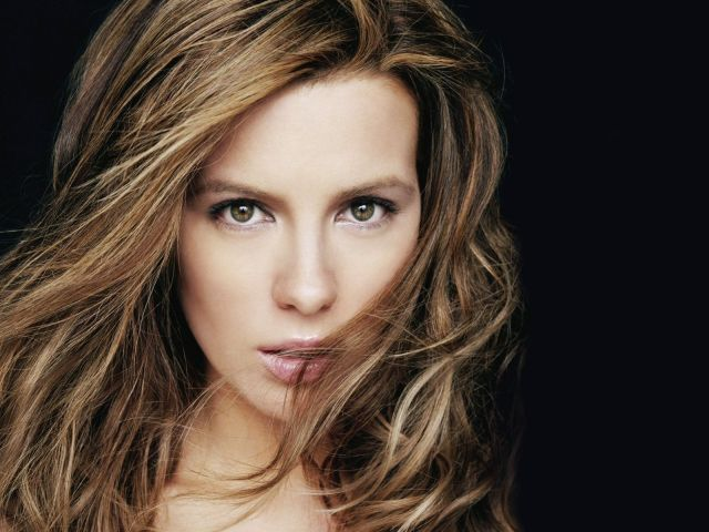 Kathryn Bailey Beckinsale femalewallpaper